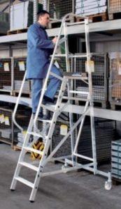 EUROKRAFT Plate-forme en aluminium – mobile 11 marches – escabeau escabeau à marches escabeaux escabeaux à marches marchepied marchepieds plate-forme plate-forme mobiles plates-formes plates-formes mobiles échelle échelle aluminium échelles échelles