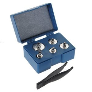 TOOGOO(R) 5pcs 50g 20g 10g Kit 5g grammes de precision Chrome etalonnage echelle Poids Set
